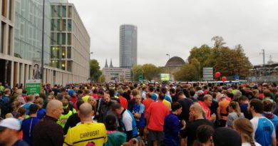 Startbereich beim Kölner Halbmarathon 2018